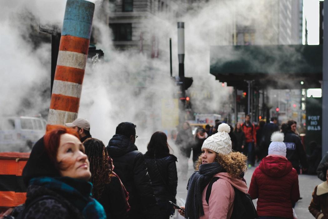 Пептиды для девушек - защита организма от смога